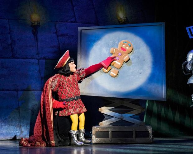Samuel-Holmes-as-Lord-Farquaad.-Shrek-the-Musical-UK-and-Ireland-tour-2018.-Credit-Helen-Maybanks